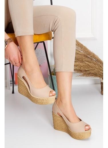 Derithy Older Dolgu Topuklu Ayakkabı-Hardal-Lzt0536 Ten